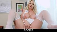 Hot Huge Boobs Milf Rachael Cavalli Lets You Look Up Closer Thumb