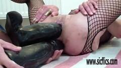 Kinky Double XXXL dildo fuck destroys her holes Thumb