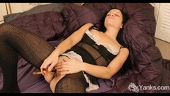 Frisky  Yanks Brunette Lady Jane's Artistic Orgasm Thumb
