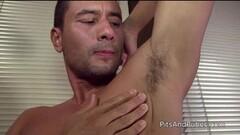 Sexy stud self worships his own armpit Thumb