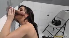 Hottie Jennifer White sucking hard cock Thumb