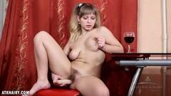 Amateur babe dildo fucks her hairy pussy Thumb